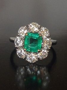 Van Cleef & Arpels Van Cleef & Arpels Platinum Emerald Diamond Ring