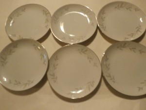 6 St. Regis Fine China 101 Fruit Dessert Bowl Japan Platinum Trim White Flowers