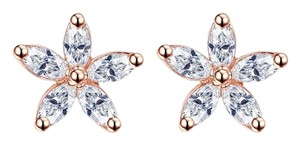 Macy's flower Earrings in 18k Gold-Plated
