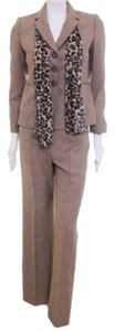Le Suit Le Suit Brown Jacket Pants Coordinating LEOPARD Scarf Size 12 Petite MSRP $200