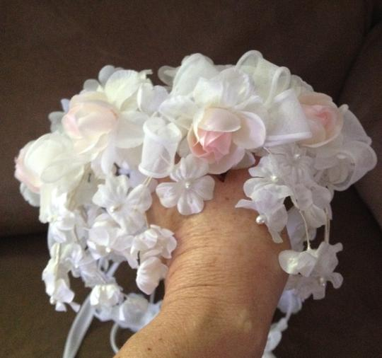 White with Pink and White Flowers Vintage Cascading Headpiece Hair Accessory