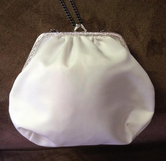 White with Silver Frame Vintage W/ Bridal Handbag