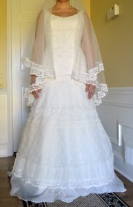 Melissa Sweet Ivory Satin Organza Lace English Netting And Sweetheart Trumpet Gown Vintage Wedding Dress Size 10 (M)