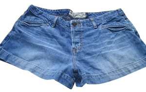 American Eagle Outfitters Size 12 Juniors Denim Shorts-Medium Wash