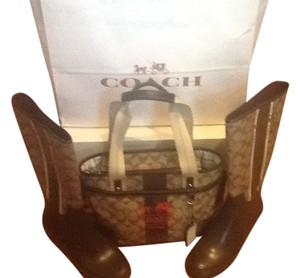 Coach Heritage Burberry Prada Tote in Brown Signature