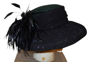 Other wide brim feathered wool