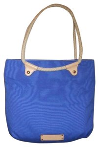 Gianni Bini Tote in royal blue