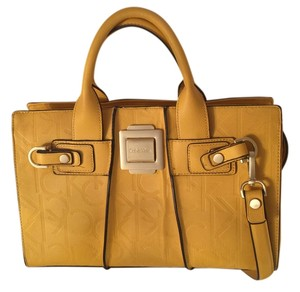 Calvin Klein Satchel in Yellow