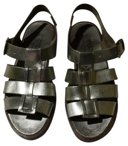 Dolcis Comfortable Leather Sandal Metallic Silver Sandals