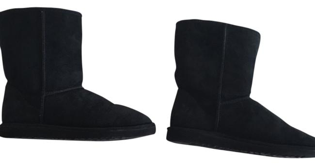 Item - Classic Short Boots/Booties Size US 9 Wide (C, D)