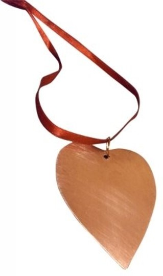 Preload https://item2.tradesy.com/images/copper-heart-necklace-111076-0-0.jpg?width=440&height=440