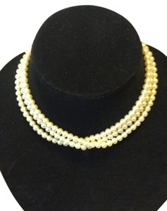 Vintage (3) strand faux pearl necklace