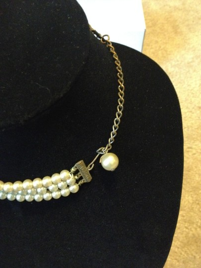 Other Vintage (3) strand faux pearl necklace
