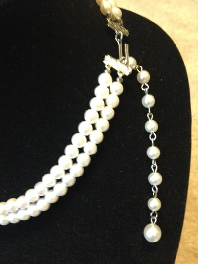 Other Vintage (2) strand faux pearl necklace with pendant