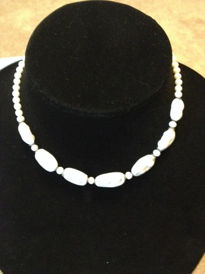 Other Vintage white bead necklace