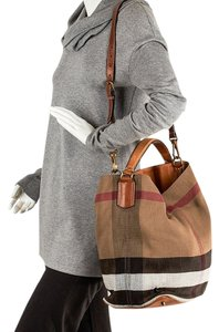 Burberry Satchel in tan and black