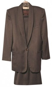 Valerie Stevens Medium Gray Skirt Suit