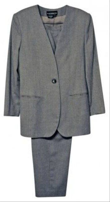 Liz Claiborne Soft Gray 2 Piece Pant Suit