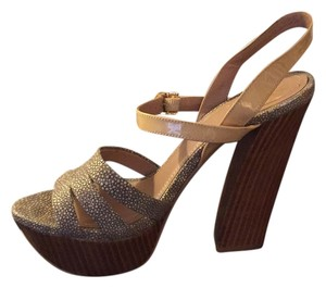 Vince Camuto Beige/ wood Sandals