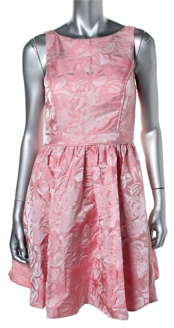 Item - Rose Cocktail Above Knee Short Casual Dress Size Petite 6 (S)