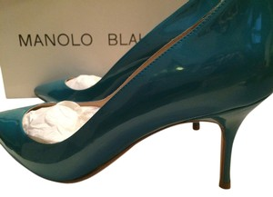 Manolo Blahnik Nausikaba Blue Metal Pumps