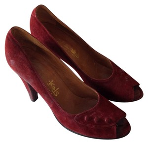 Nickels Leather Maroon Suede Pumps