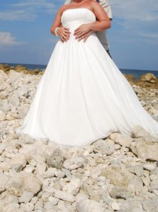 David's Bridal Chiffon Empire Waist 9v9743 Wedding Dress