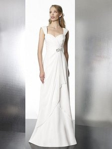 Moonlight Bridal Tango T572 Wedding Dress
