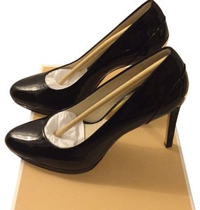 Michael Kors Blac Pumps