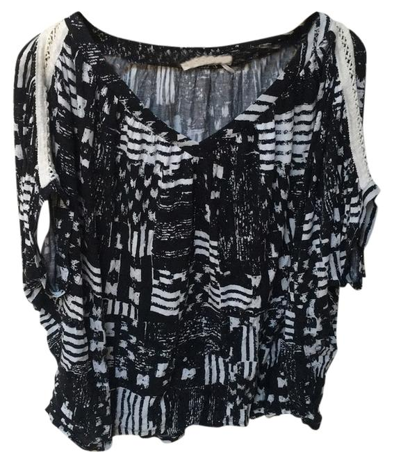 Preload https://img-static.tradesy.com/item/11123863/anthropologie-blac-night-out-top-size-2-xs-0-1-650-650.jpg