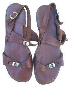 The leather collection Sandals