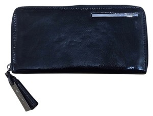 Kenneth Cole Kenneth Cole Patent Leather Wallet NWT