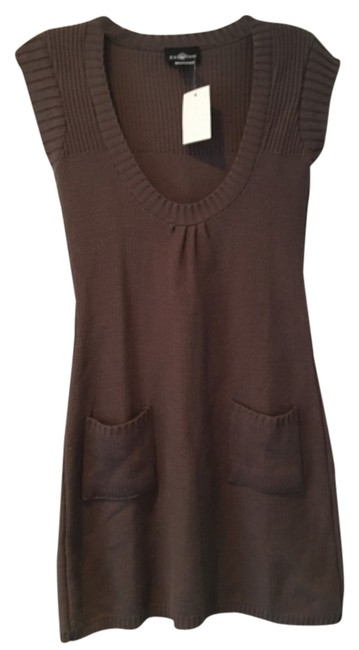 Preload https://img-static.tradesy.com/item/11125045/independent-clothing-co-chinchilla-brown-sweater-0-2-650-650.jpg