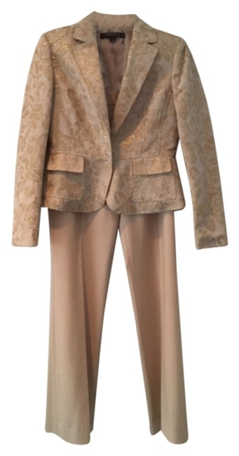 Preload https://img-static.tradesy.com/item/11125069/anne-klein-taupe-and-gold-brocade-pant-suit-size-4-s-0-2-650-650.jpg