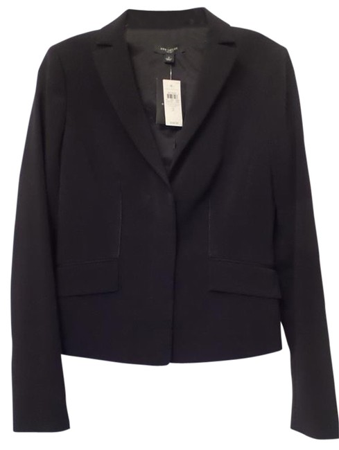 Preload https://img-static.tradesy.com/item/11127196/ann-taylor-black-professional-lined-suit-new-w-tags-size-2-xs-0-2-650-650.jpg