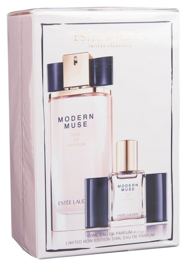 Preload https://img-static.tradesy.com/item/11128195/estee-lauder-modern-muse-travel-exclusive-edp-spray-set-34oz100ml-and-068oz20ml-fragrance-0-2-540-540.jpg