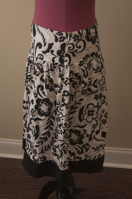 Max Rave Floral Skirt Black and White