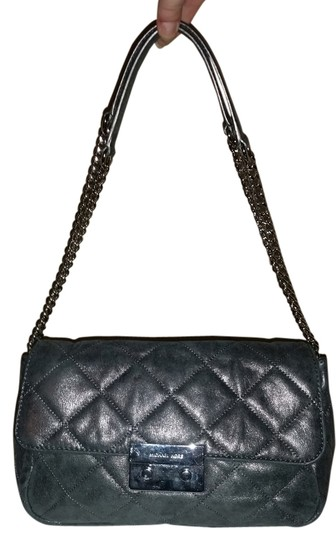 Preload https://img-static.tradesy.com/item/11133298/michael-kors-quilted-satchel-grey-leather-clutch-0-3-540-540.jpg