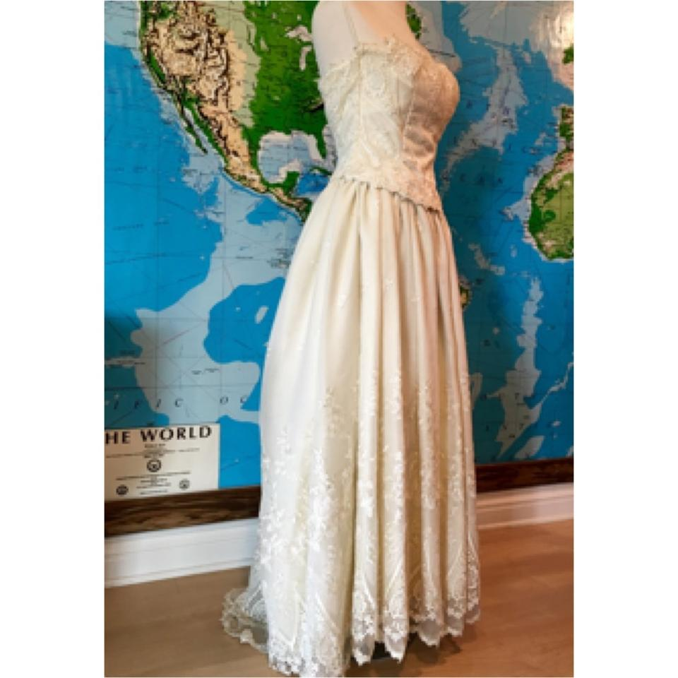 Jessica mcclintock off white traditional wedding dress size 00 jessica mcclintock off white traditional wedding dress size 00 xxs 1234567891011 ombrellifo Images