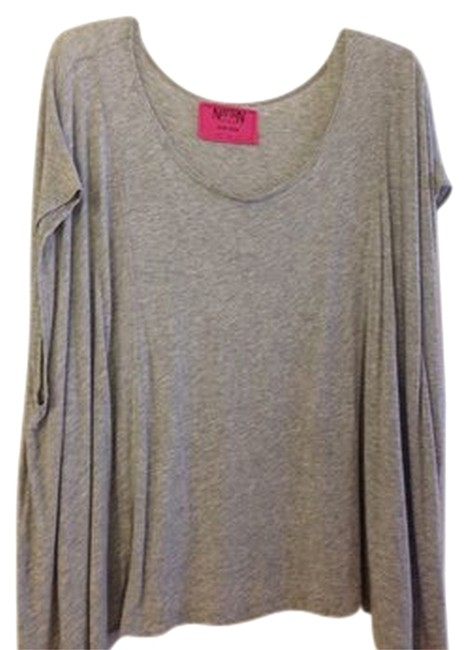 Preload https://item2.tradesy.com/images/nation-ltd-heather-gray-tee-shirt-size-os-one-size-1113396-0-0.jpg?width=400&height=650