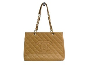Chanel Tote in Beige / Gold