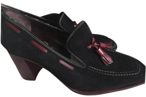 Tod's Black with burgandy trims Pumps