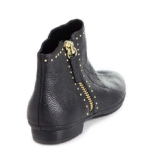 Saks Fifth Avenue Blac Boots