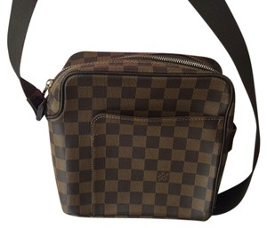 Louis Vuitton Crossbody Messenger Damier Monogram Messenger Bag