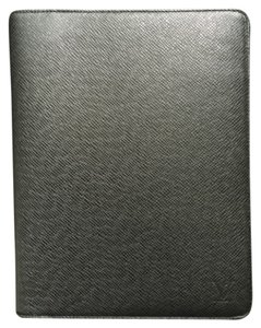 Louis Vuitton Desk Agenda Cover R20409