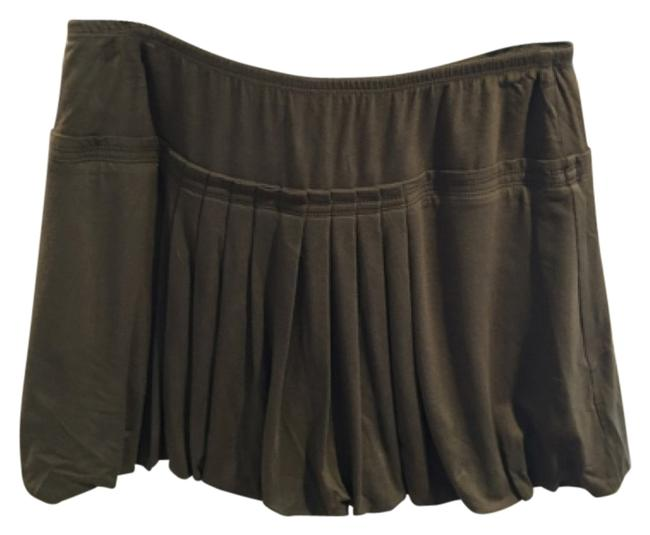 Preload https://img-static.tradesy.com/item/11140840/bcbgmaxazria-green-bcbg-pleated-balloon-miniskirt-size-8-m-29-30-0-1-650-650.jpg