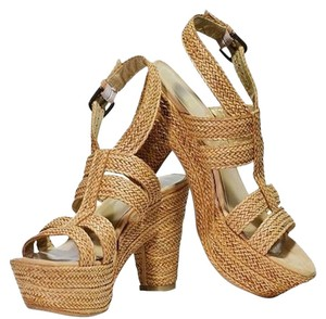 Stuart Weitzman New Leather Camel Tan Braided Camel/Tan Sandals
