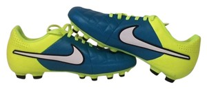 Nike Soccer Soccer Cleats Sneakers Kicks Athletic