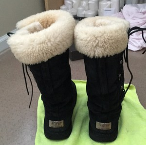 UGG Australia Black boots with fur Boots