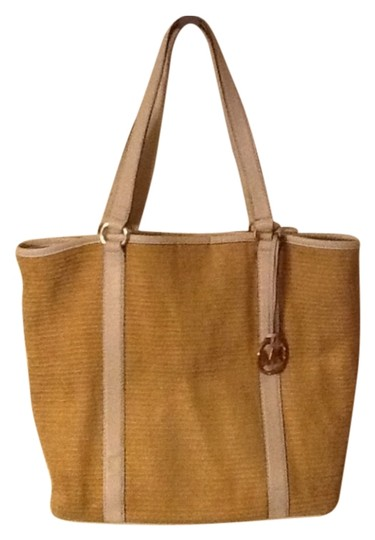 Preload https://img-static.tradesy.com/item/11144566/michael-kors-beige-straw-and-leather-tote-0-2-540-540.jpg